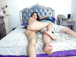 Foot Fetish Beautiful video: colombian beauty