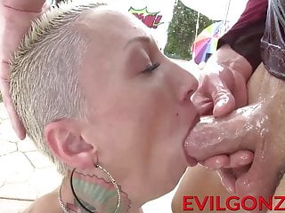 Big butt Bella Bellz banged in her asshole by monster cock