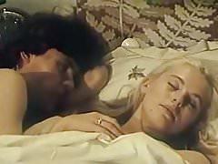 Elena Kondulaynen - Dve versii odnogo stolknoveniya (1984)