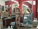 Nina Senicar filmata di nascosto