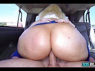 Teens Amateur Blondes vid: Sexy Blonde with a Huge Ass
