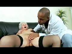 Nonna Norma e dottore