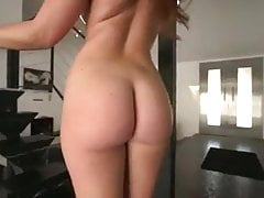 Curvy PAWG Teases przed jej Black Cock Serving