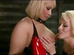 Fisting Horny PAWG Lesbijki Mellanie Monroe