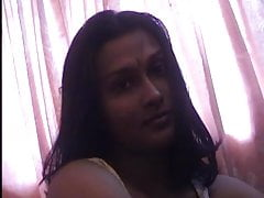 ANTEPRIMA: Video privato della casa del marito indiano e della moglie