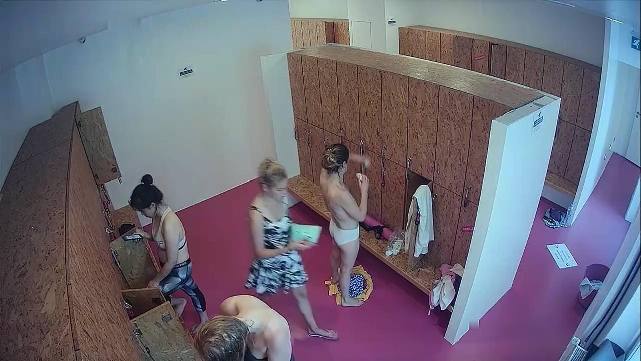 Девушки в видео чате голые видео