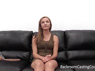 Aassfuck業餘琥珀肛門體內射精鑄造