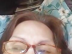 Babcia Evenyn Santos znowu robi pokaz analny.