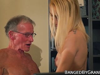 Blowjob Big Cock Babe video: Scrawny old dude drills a stunning blondes tight pussy hard