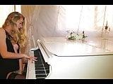 Ella Piano