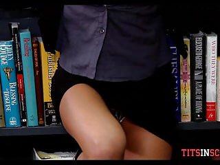 圖書館裡的大山雀