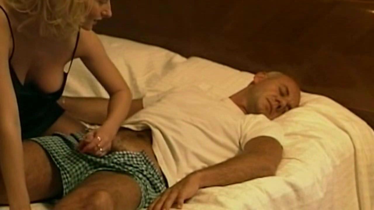 Смотреть онлайн любительская мастурбация