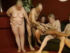 german swinger in club