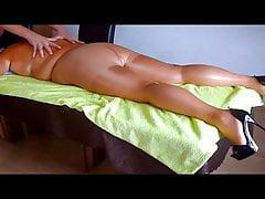 Massaggio in calzamaglia lucente - il nostro te