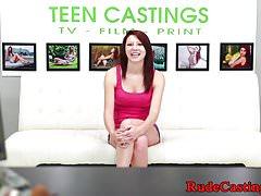Schwanzgefüllter Teen beim Casting gefilmt