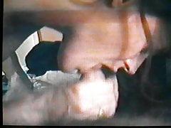 57-letni MILF Deepthroat and Facial
