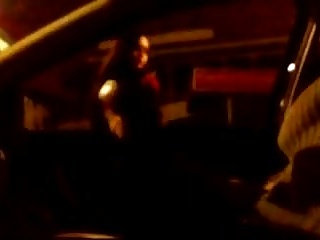 Italian Car video: Italian prostitute does not let her ass fuck