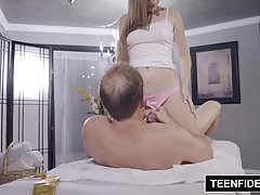 TEENFIDELITY Alyce Anderson Takes the Condom Off
