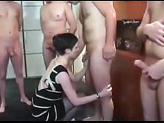 Cuck Husband dzielił żonę z 5 mężczyznami