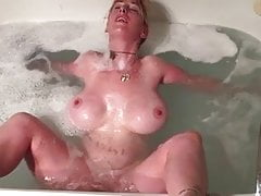 Big Titty Wife Getting Off In Jacuzzi