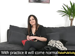 Auditinging Babe auf Casting Couch pussylicked