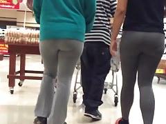 Super Jiggly Booty PAWG w szare legginsy