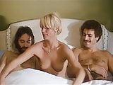 .Infirmieres a tout faire (1979).