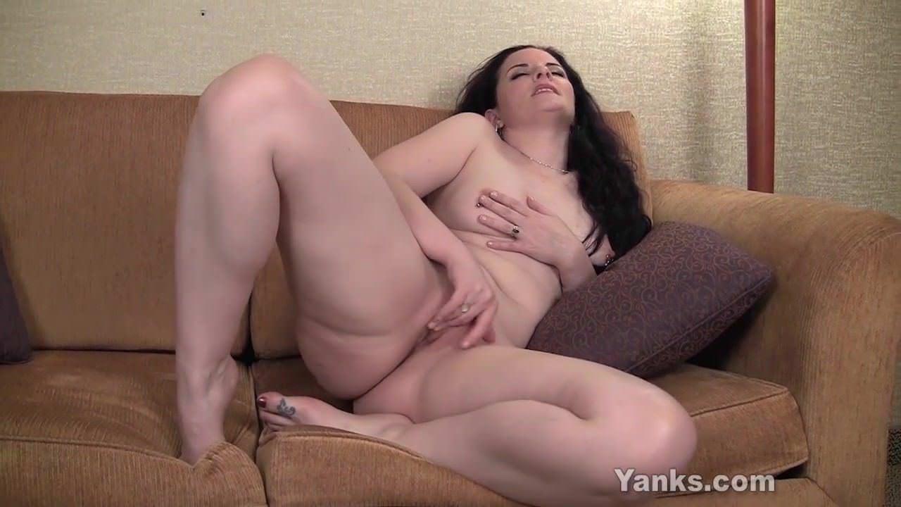 Порно онлайн анальные ласки лесбиянок