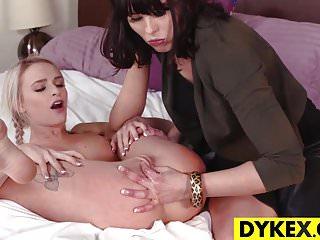 Dyke,Hd,Lesbian,Lesbian Milf,Lesbian Teen,Mature,Milf,Sex Toy,Teen,Toys