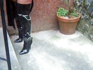 Softcore Femdom Outdoor video: 2019 Outdoors in FF Nylons and sheer tights