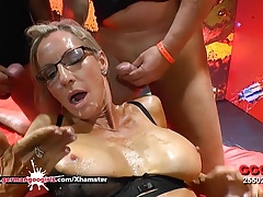 Busty Mature Emma Starr in Deutschland hungrig - GGG