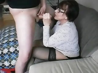 Mature American Cum In Mouth video: Mature BJ came quick