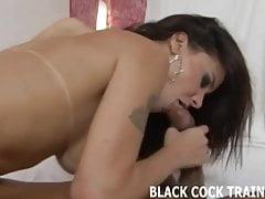 Ich liebe dich, aber sein großer schwarzer Schwanz kann mich tatsächlich zum Orgasmus machen