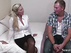 Deutsch MILF Hooker Teach Virgin Guy Wie man fickt