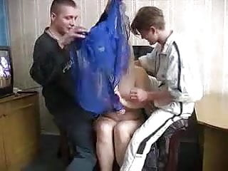 Russian Hidden Cams Wife vid: Ficken in Russland