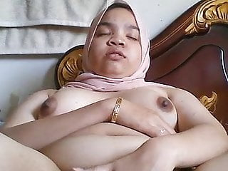 Asian Orgasm Malaysian video: Puteri Izzati