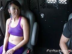 Lucky asijské Miko Dai facialized po BDSM joyride