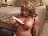 Strong Milf play with dildo