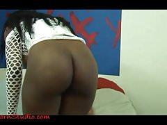 Casting sexy enorme vera ragazza nera boobed anale e ingoiare