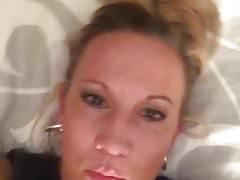 Hot mom ky