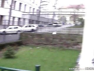Cagna STOP Una tettona ceca viene scopata in cantina