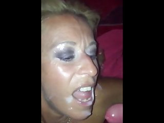 Nederlands blonde milf facial
