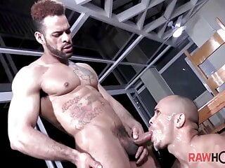 Douglas Ferraz bonks Kaliu raw on the table