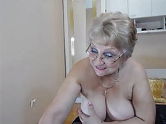 Big Jugged Grandma Peels Off And Taunts On Webcam