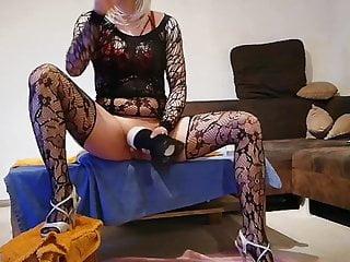 GeilesLuderLea masturbates in nylon stockings unti