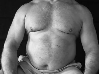 Gay bear Hotgay muscle bear daddy Bulge photo slideshow