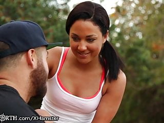 Petite jogger gets a creampie after her run...
