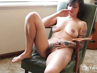 Yanks MILF Liandra si masturba