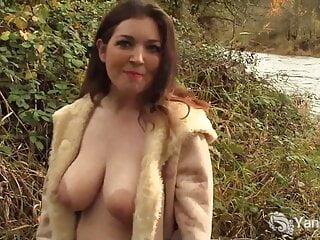 Yanks Honey Amber Orgasms Outdoors