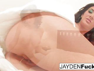 Jayden Jaymes Plays With Herself